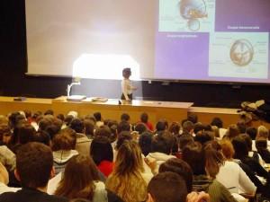 Maitre de conference à l'Université